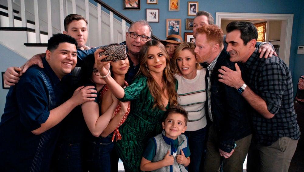 Modern Family - Temporada final - Capítulo final: Parte 2