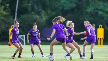 Las jugadoras del Orlando Pride, en un entrenamiento