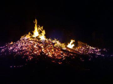 Fuego y gel hidroalcohólico combinación explosiva