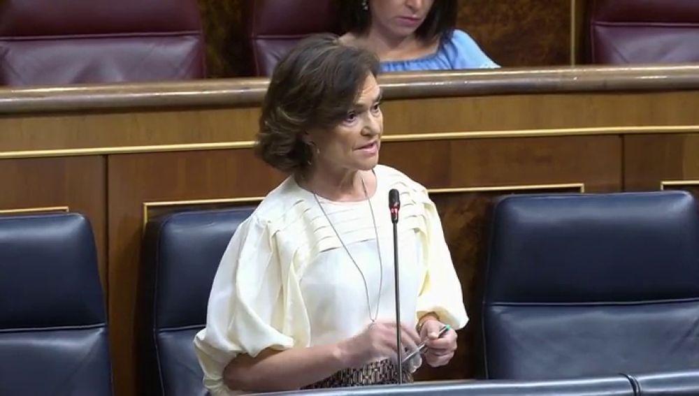 """El lapsus de la ministra Carmen Calvo tras la pregunta de Vox sobre la credibilidad del Gobierno: """"No hay que restituir lo que no ha existido"""""""