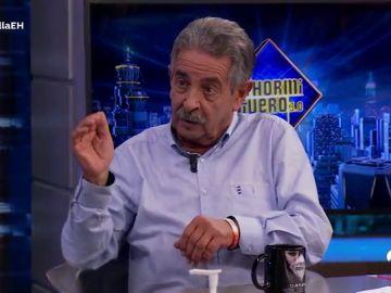 """""""Estoy aquí de milagro"""", el percance que Miguel Ángel Revilla ha vivido tras ser """"arrollado"""" antes de acudir a 'El Hormiguero 3.0'"""