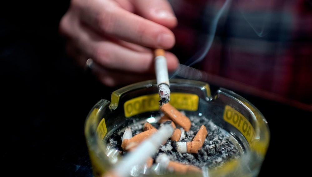 El tabaco y el alcohol son las drogas legales más consumidas en la población de 15-64 años