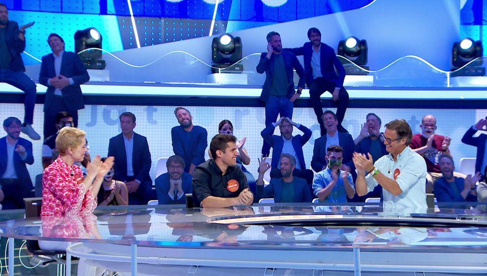 Nacho cumple 30 programas en 'Pasapalabra' con una celebración muy especial