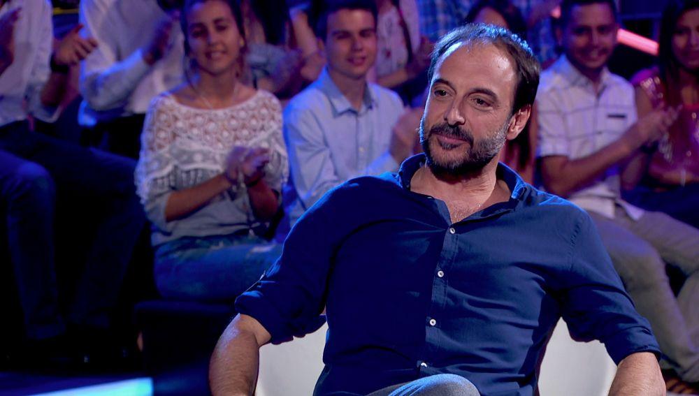 Roberto Vilar desvela la razón por la que tiene el teléfono personal de Julio Iglesias