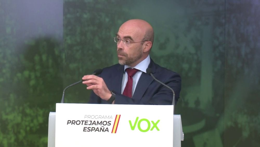 """Jorge Buxadé, de Vox, acusa a Echenique de """"protegerse en su enfermedad"""" para """"ir esparciendo su odio"""""""