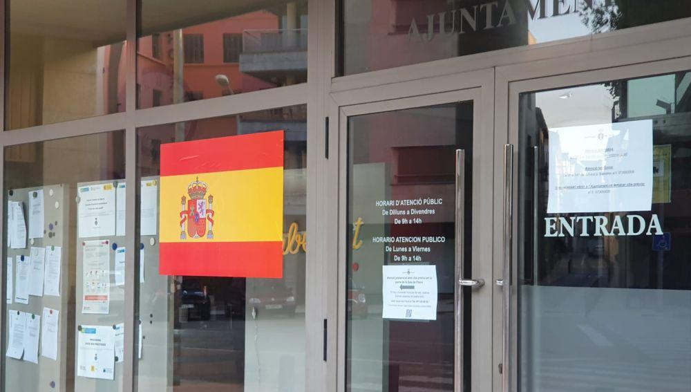 Bandera de España en el Ayuntamiento de Tremp
