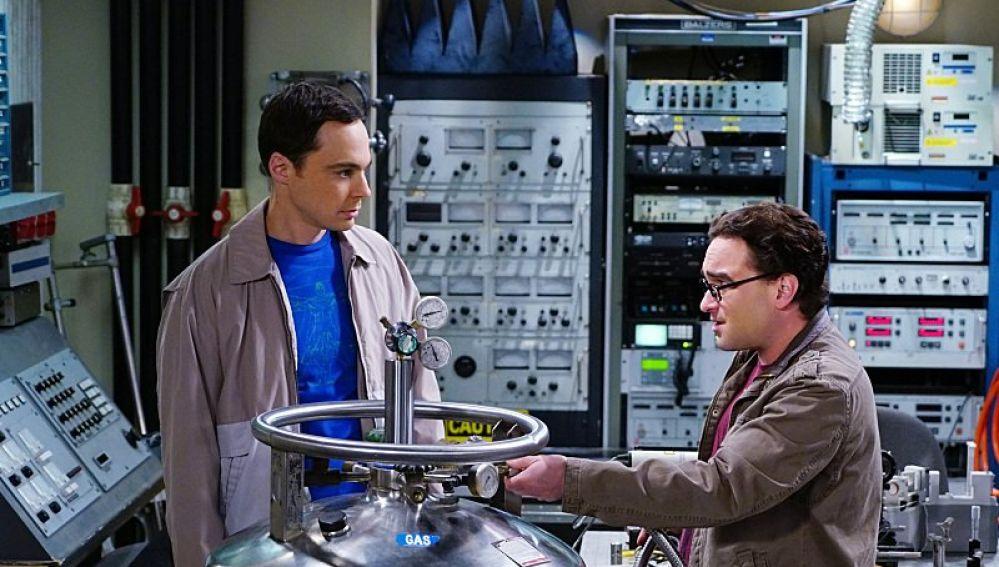 Jim Parsons y Johnny Galecki en 'The Big Bang Theory'