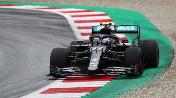 Valtteri Bottas, durante los entrenamientos libres del GP de Austria