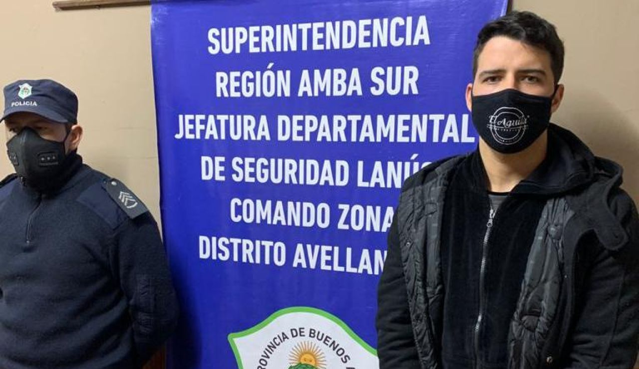 Detienen al futbolista Alexis Zárate por abusos sexuales a la novia de un compañero