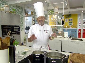 La versátil salsa de almendras de Karlos Arguiñano para salvar cualquier plato