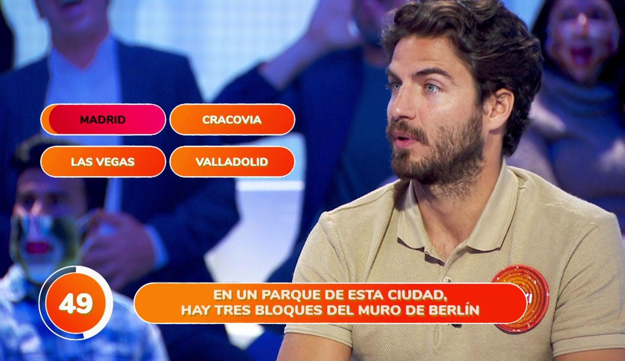 Una curiosidad madrileña sorprende a Maxi Iglesias en 'Una de cuatro'
