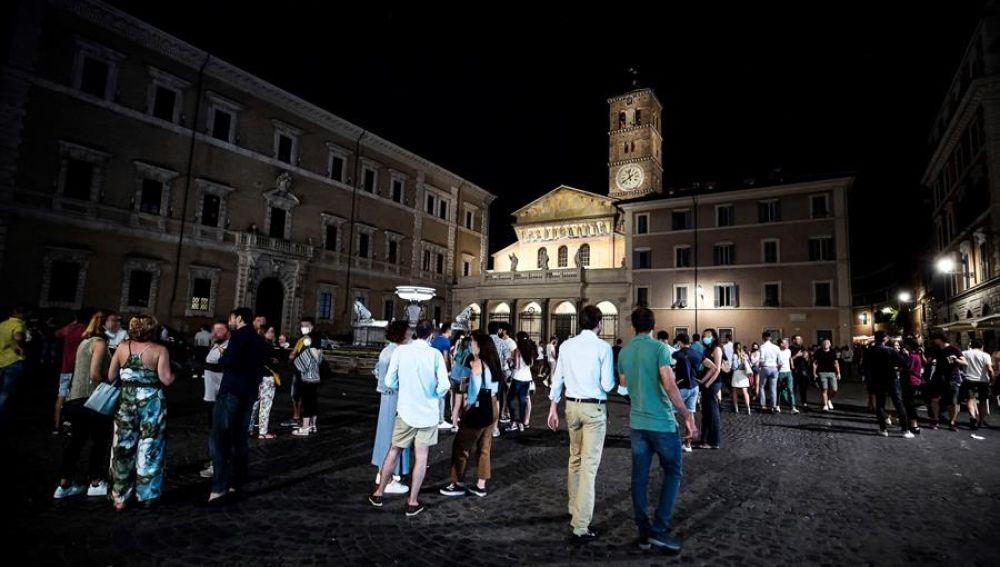 Italia planea tomar medidas tras varios rebrotes de coronavirus