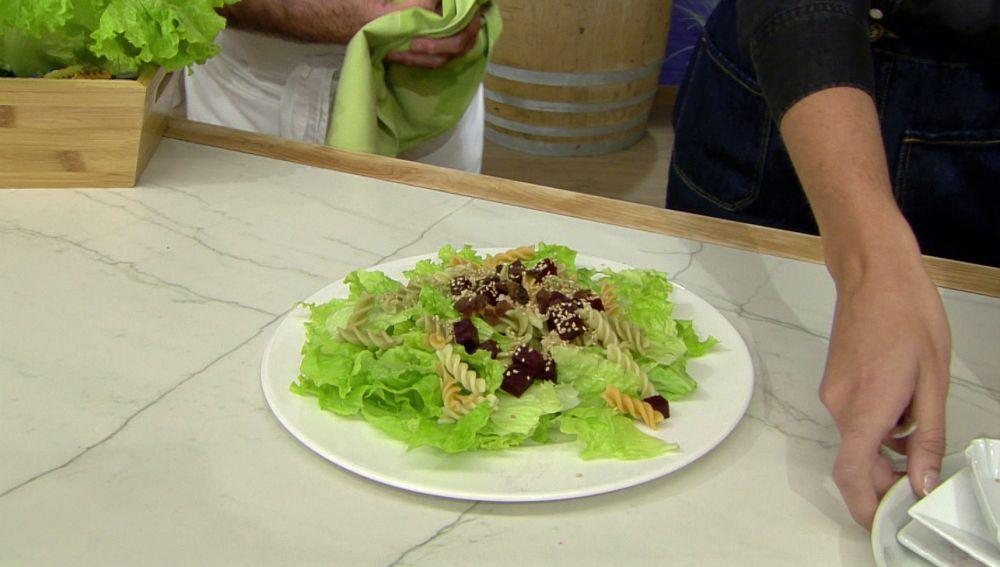 Un ingrediente clave en la ensalada que favorece el tránsito intestinal