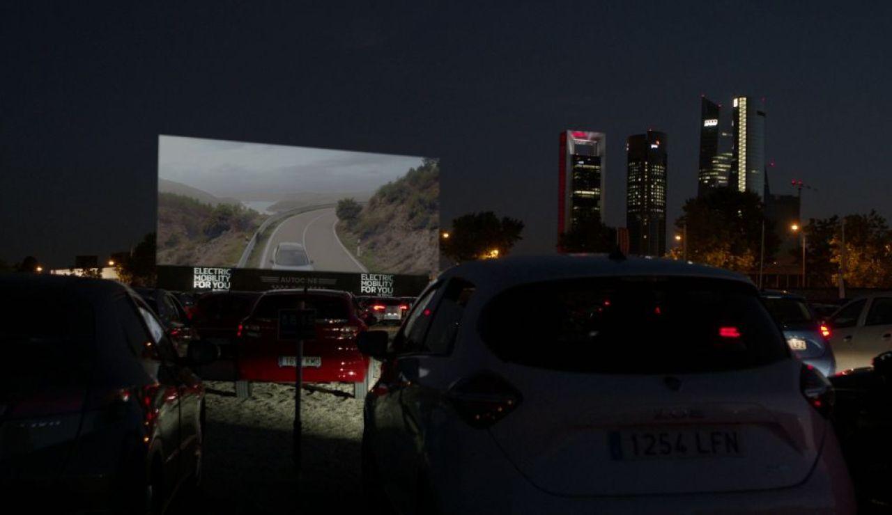 """Así nos colamos en la premiere de 'Superagente Makey': """"Es un coche de cine"""""""