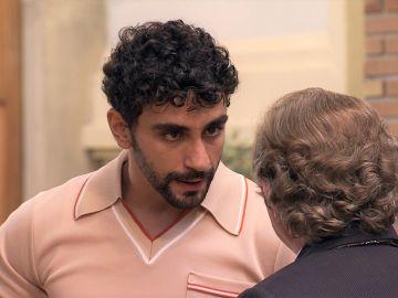 Sebas debe tomar una difícil decisión: ¿continuar su relación con Jose o tener éxito en su trabajo?