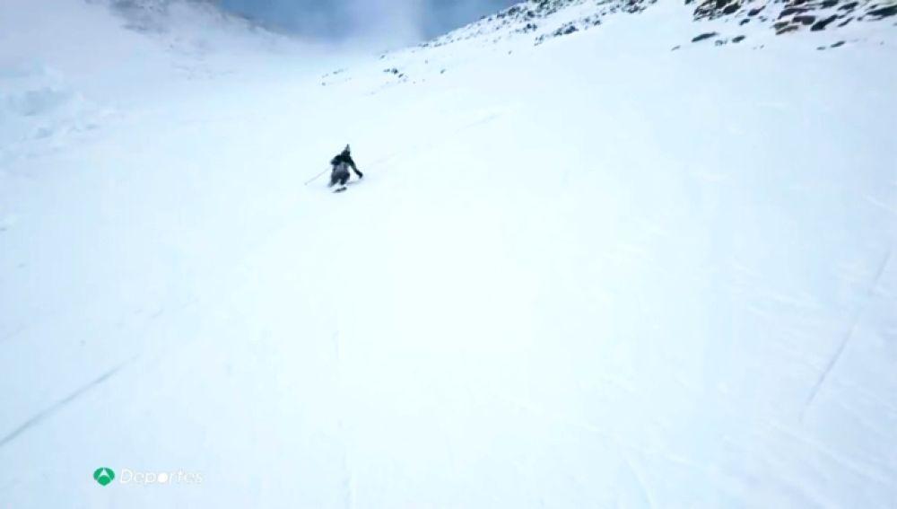 Andzrej Bargiel se convierte en el primer hombre que consigue bajar el K2 esquiando