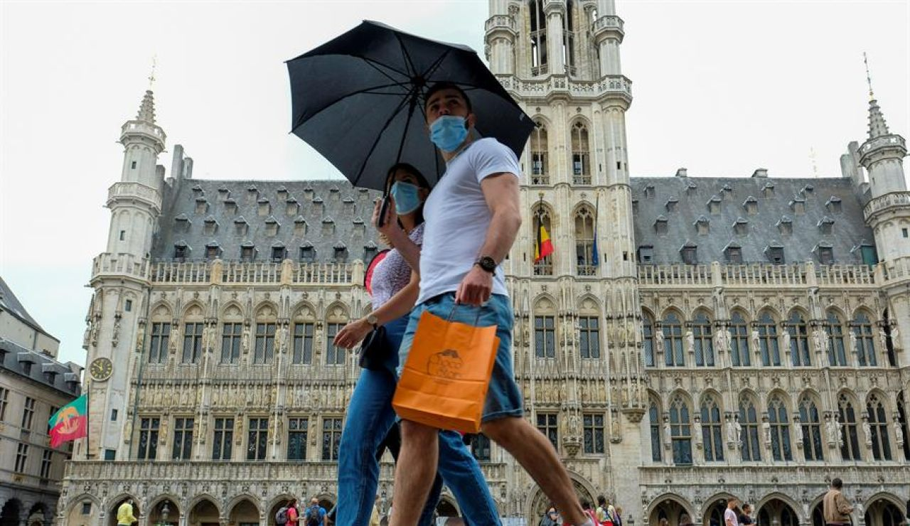 Bélgica prohíbe viajar a Lleida y Huesca y pide precaución para los viajeros procedentes de seis comunidades españolas