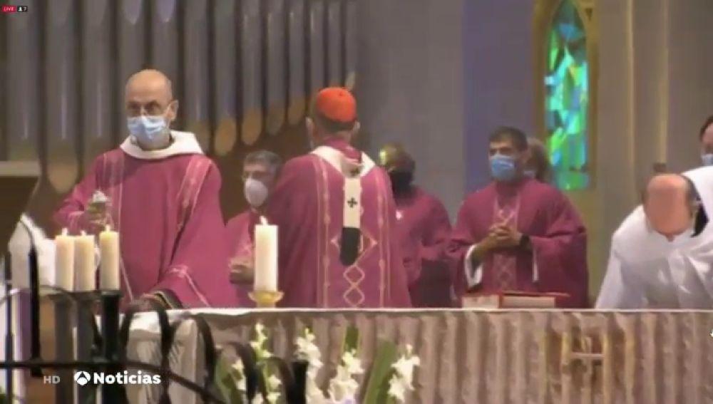 El Arzobispado de Barcelona celebra la misa por las víctimas del coronavirus desoyendo al Govern