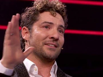 David Bisbal se emociona frente a Juan Mena en 'La voz senior'