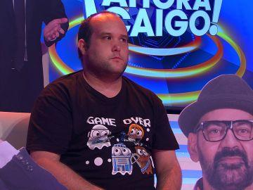 Arturo Valls aparece durmiendo en el plató de '¡Ahora Caigo!'