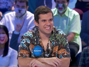 ¡Menuda coincidencia! La subdirectora de 'Pasapalabra' y Nacho visten la misma camisa: muy loca y con mucho estilo