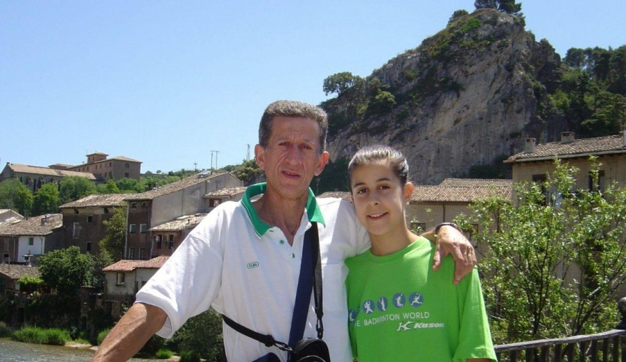 """La emotiva carta de Carolina Marín a su padre recientemente fallecido: """"Papi, te quiero"""""""