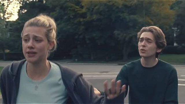 Lili Reinhart y Austin Abrams en 'Chemical Hearts'