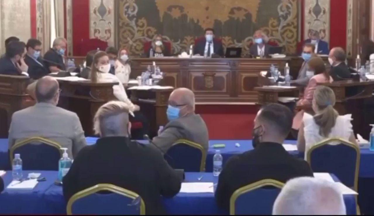 Una concejala de Unides Podem dice que pasa frío en el pleno y que eso es un micromachismo
