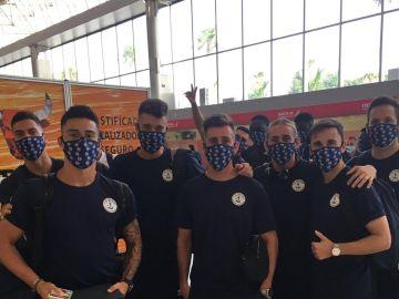Los jugadores del CD Marino, en su viaje a Madrid