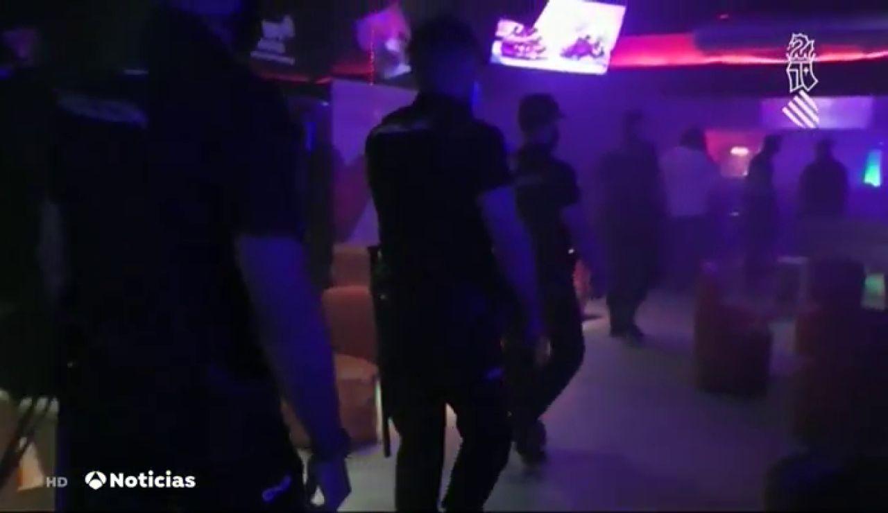 Operativo especial de la Policía para detectar infractores en las discotecas de Valencia