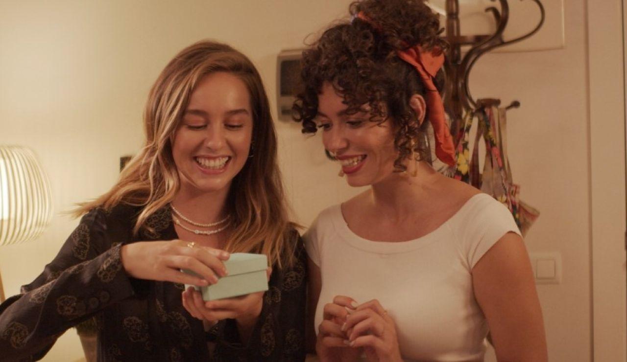 La complicidad de Luisita y Amelia