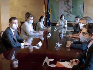 La vicepresidenta Carmen Calvo se reúne con una delegación de Ciudadanos