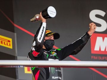 Ana Carrasco consigue su primer podio de la temporada y es cuarta en el Mundial de Supersport 300