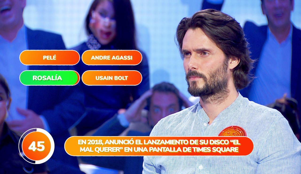 Rosalía se cuela en el equipo naranja durante la prueba 'Una de Cuatro'