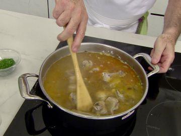 La clave de Karlos Arguiñano para obtener un plato de arroz exquisito