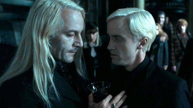 Jason Isaacs y Tom Felton como Lucius y Draco Malfoy en 'Harry Potter'