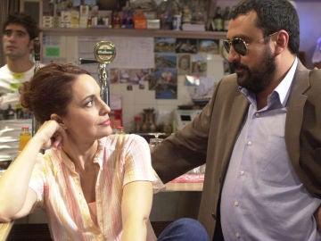 Adriana Ozores y Paco Tous en 'Los hombres de Paco'