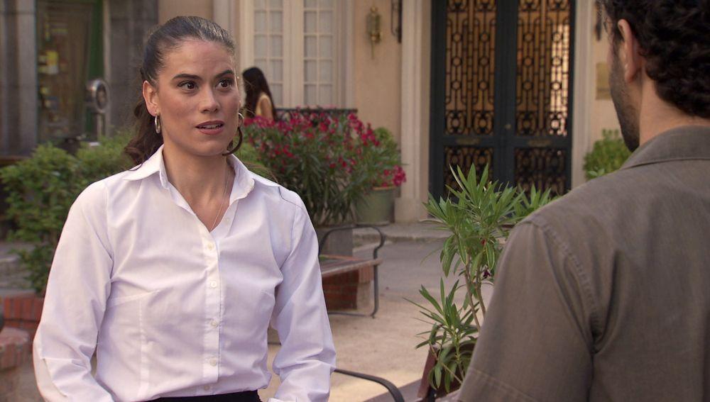 Jose aparece en el último momento para sincerarse con Sebas cuando iba a partir a Galicia