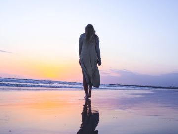 ¿Viajar solo? Las mejores vacaciones, destinos y escapadas que puedes hacer siendo single