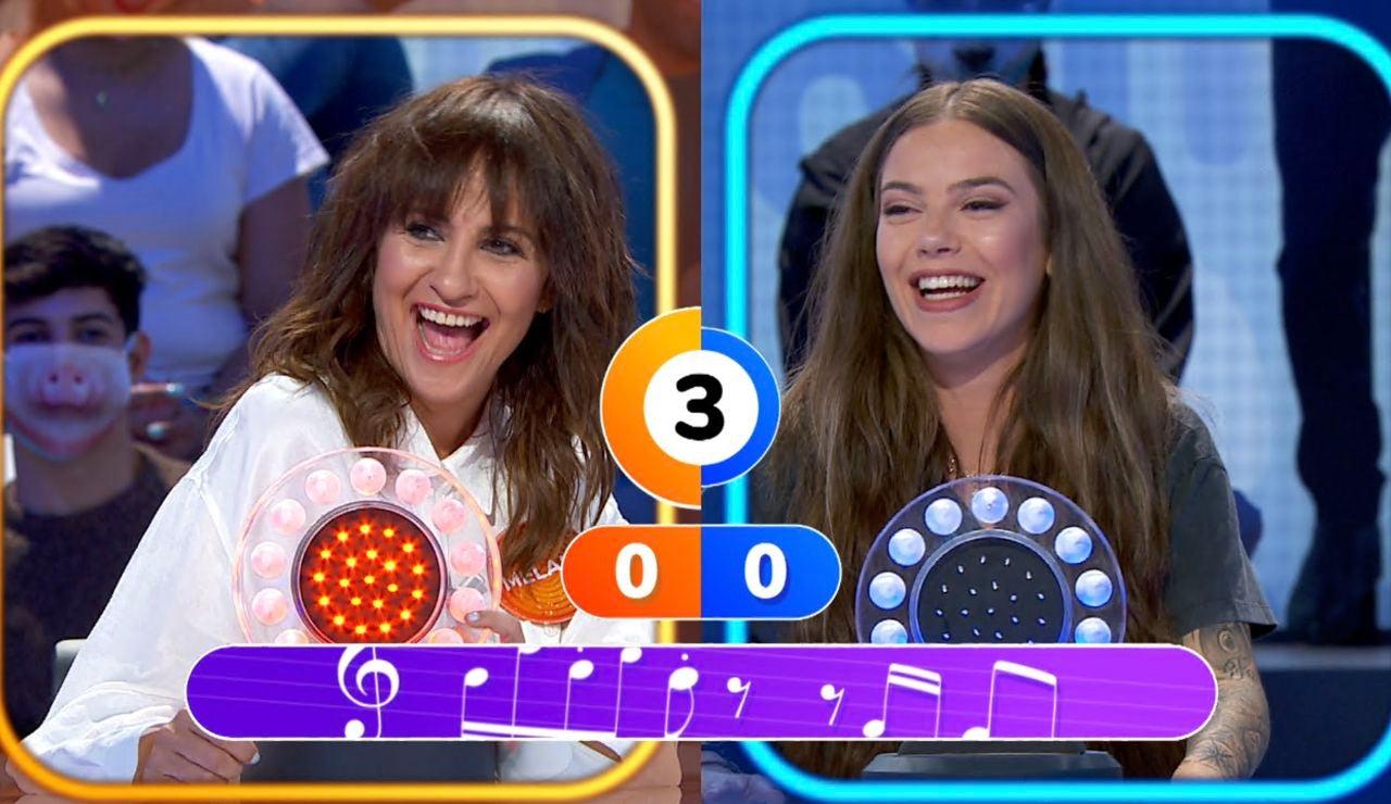 María Isabel y Melani Olivares demuestran su divertido nivel de inglés en 'La Pista'