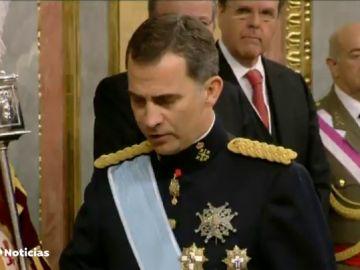 Podemos quiere que Felipe VI comparezca en el Congreso por la marcha de don Juan Carlos del país