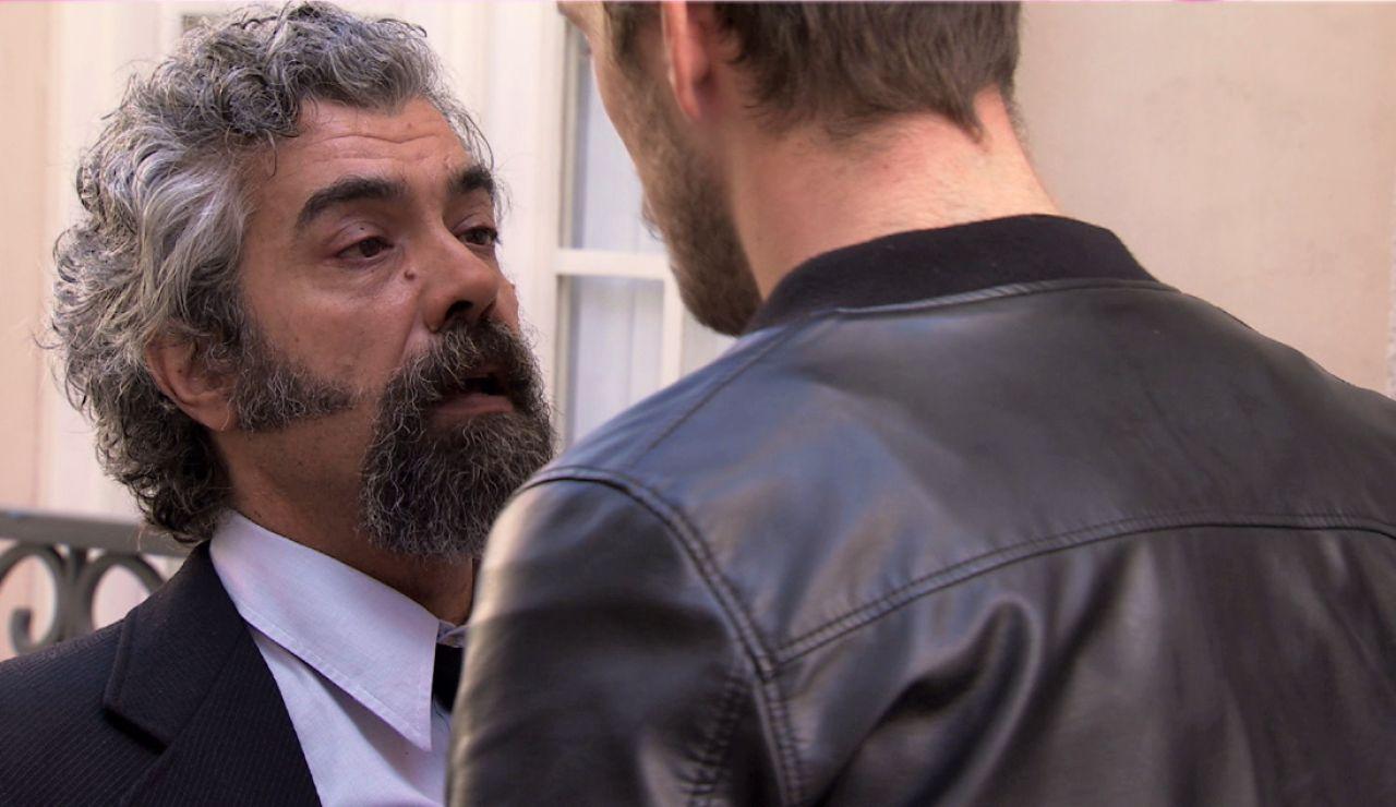 Avance de 'Amar es para siempre': Curtis pierde el control y pega a un chico del barrio que cree que ha matado a Sofía