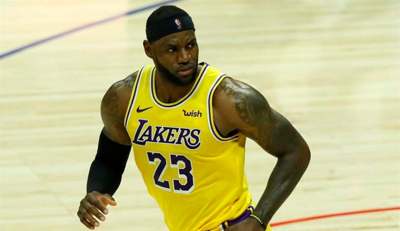 """LeBron James contesta a Donald Trump: """"El juego seguirá sin él, no me puede importar menos"""""""