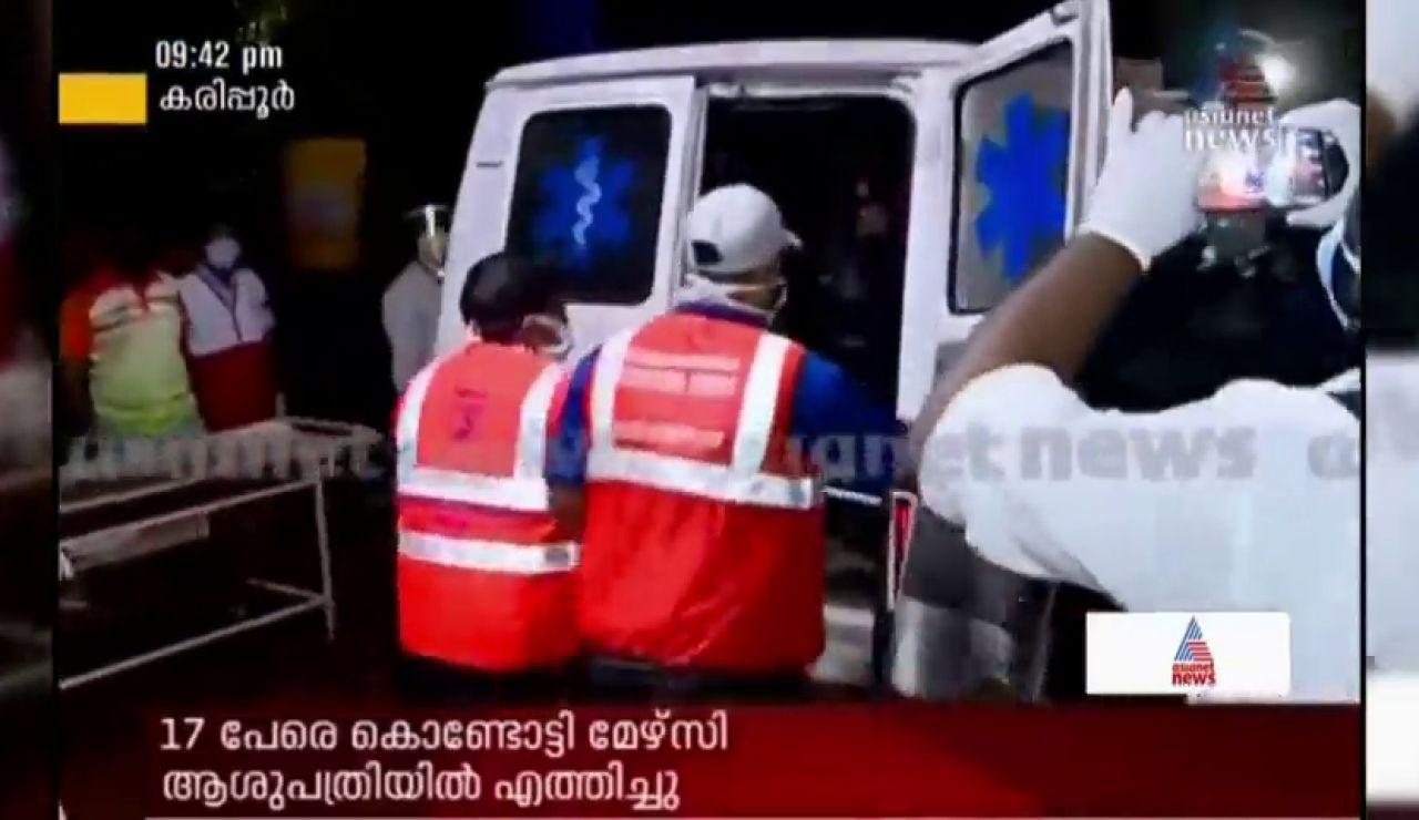 Al menos 10 muertos al estrellarse un avión con 191 pasajeros a bordo en India
