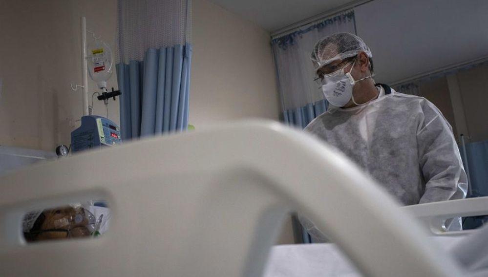 Recortan el salario a funcionarios de Baleares por los gastos sanitarios del coronavirus