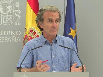 """Fernando Simón: """"Más del 70% de los casos son menores de 30 años; la letalidad ha bajado al 0,29%"""""""