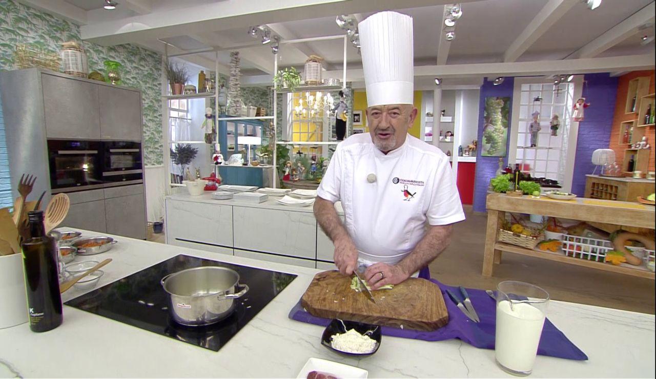 """El truco de Karlos Arguiñano para conseguir una bechamel """"con plus"""" de sabor"""