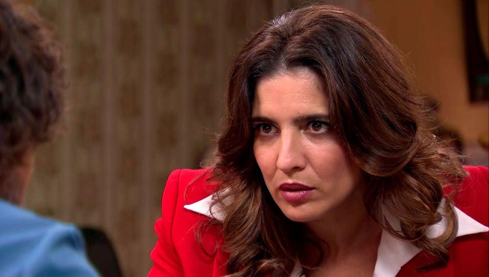 Irene presiona a Galán, que tendrá que aparcar sus  principios para acabar con Armando