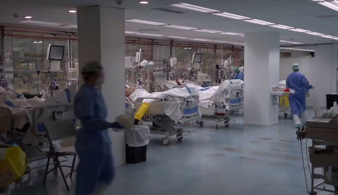 """Más restricciones en Canarias y llamada a la responsabilidad para evitar volver a los """"meses oscuros"""" del coronavirus"""