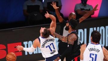 Luka Doncic denuncia el juego sucio de Marcus Morris tras la eliminación de Dallas Mavericks en la NBA